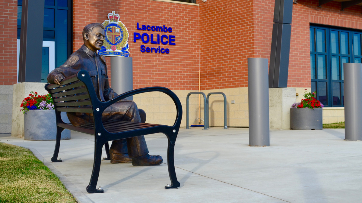 Wishbone-Custom-Moutain-Classic-Bench-at-Lacombe-Alberta-Police-Station-web.jpg