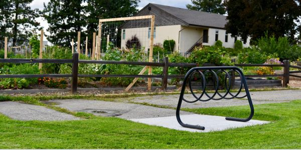 Wishbone Spiral Bike Rack in West Kelowna BC (1)