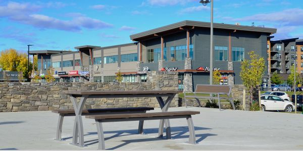 Wishbone-Parker-Picnic-Table-at-Stonebridge-in-Saskatoon