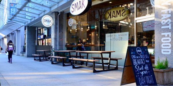 Wishbone-Portable-Rutherford-Picnic-Tables-at-Smak-Healthy-Fast-Foods-in-Vancouver-BC