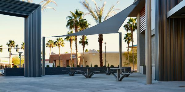 Wishbone-Urban-Space-Picnic-Tables-in-Las-Vegas-Nevada2